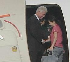 Bill Clinton con le giornaliste